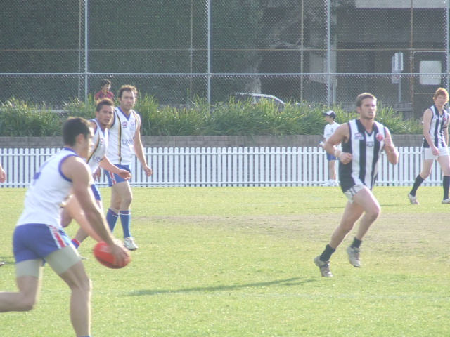 Max Collett drives the Bulldogs into attack
